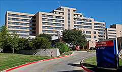 Dallas hospital hit by Ebola losing patients and money