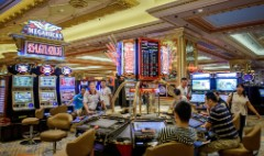 Macau trumps Vegas with $270 bets