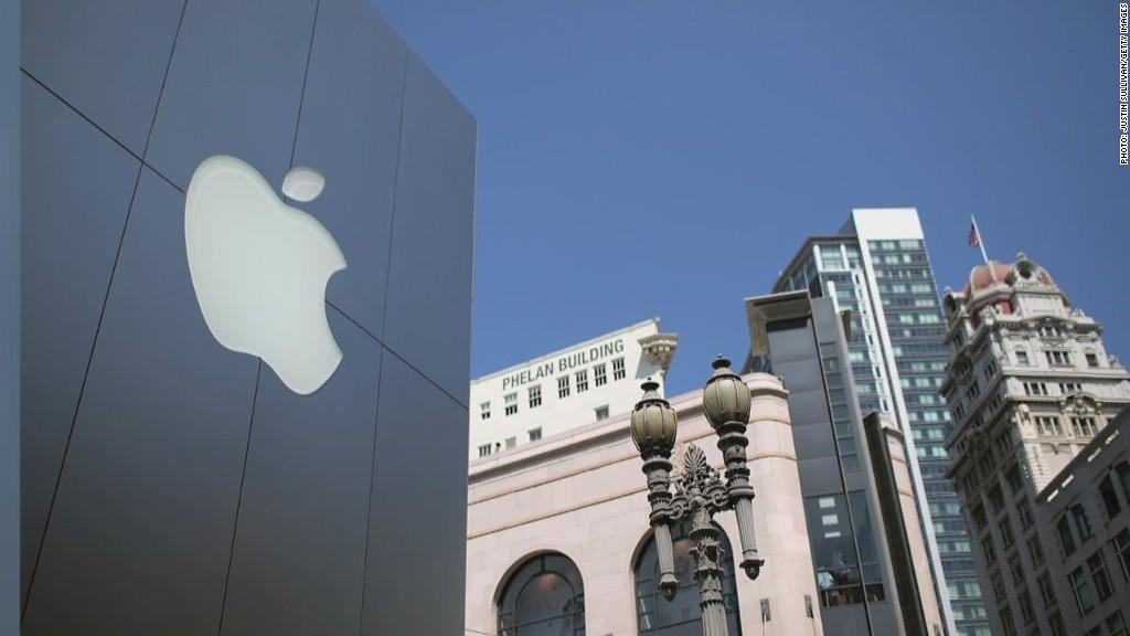Apple feels the iLove