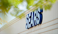Sears is raising a white flag: 5,300 jobs cut
