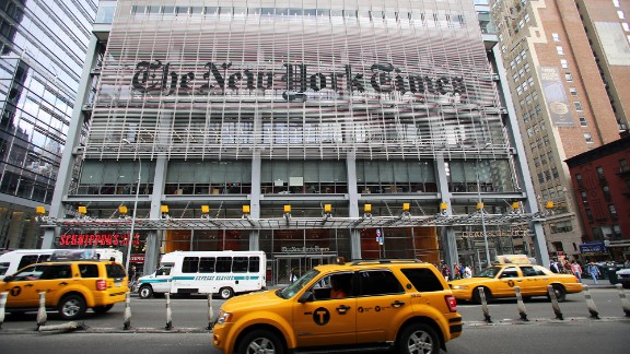 New York Times editor calls Clinton email coverage 'a mess'
