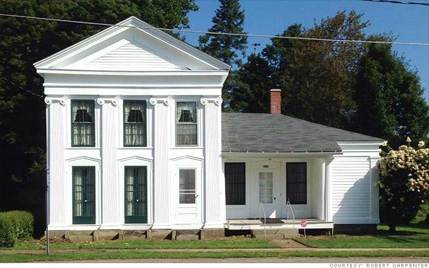 antique homes ellington outside