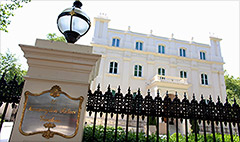 Russians buying up luxury London homes