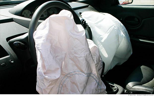 Regulator tells Chrysler to begin exploding airbag recalls by Monday