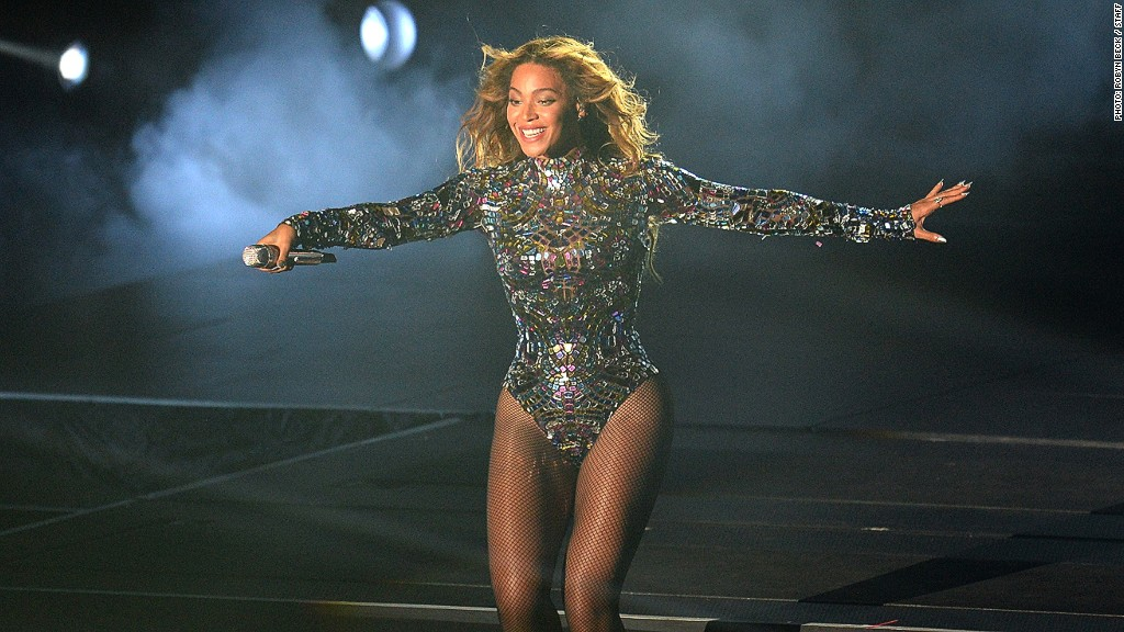 Beyonce__rich_recording_artists