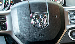 Chrysler grudgingly expands airbag recall