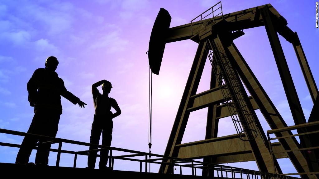 oil worker job cuts