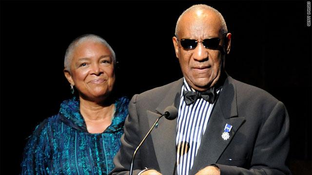 Esposa de Bill Cosby responde a las acusaciones de violación contra el actor