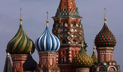 Rich Russians buy U.K. investor visas in record numbers
