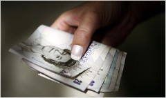 Shocking gender pay gap in London's banks