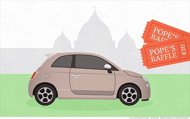 El papa Francisco rifa su carro, su cafetera y su sombrero