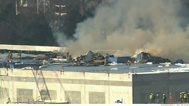 Amazon data center on fire in Virginia - Jan. 9, 2015  Amazon data cen...