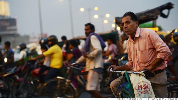 Un funcionario indio despedido tras 24 años de absentismo laboral
