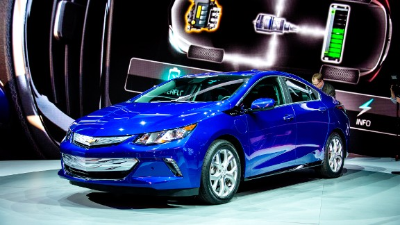 Chevy Volt wins Green Car of the Year for second time