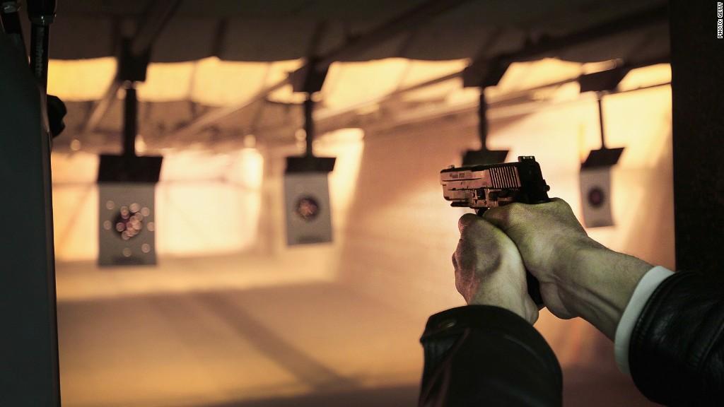 Gun sales Smith Wesson