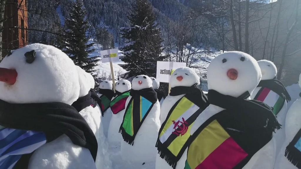 Snowmen stand to address inequality