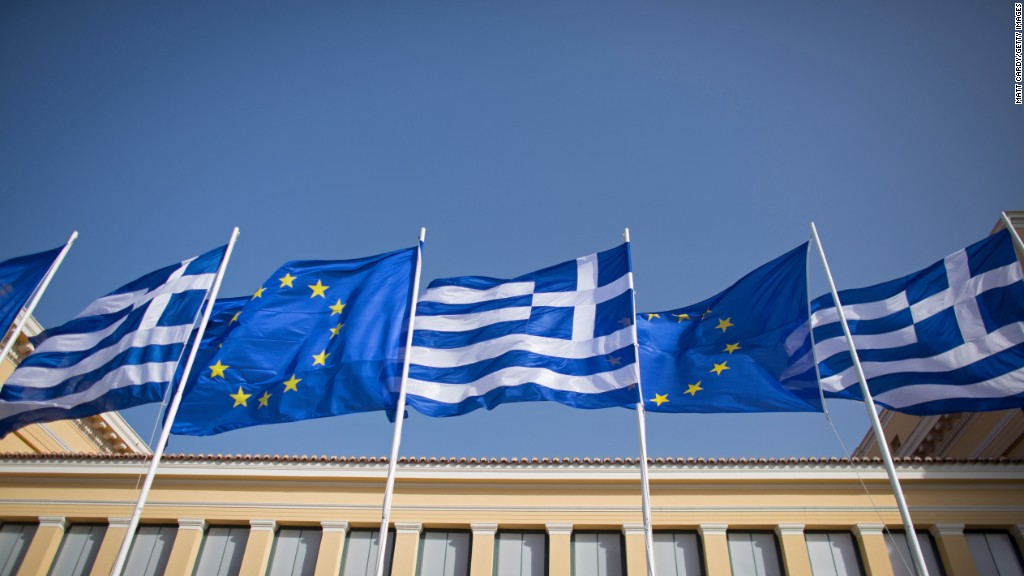 Economy Minister: Greece 'not blackmailing' European partners