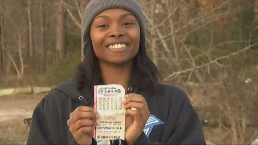 North Carolina mom, 26, wins Powerball