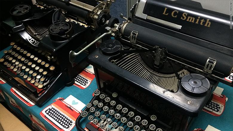 gramercy typewriter 3