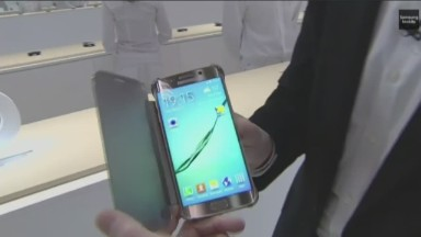 See Samsung's Galaxy S6 in :90