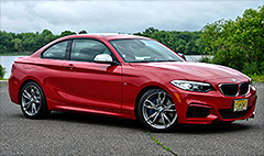 BMW's M235i doesn't compromise