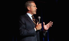 Brian Williams makes first public appearance since suspension