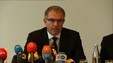 Lufthansa CEO 'speechless' over deliberate crash