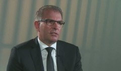 Lufthansa CEO on cockpit access