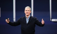 Apple's Tim Cook 'deeply disappointed' in Indiana's anti-gay law