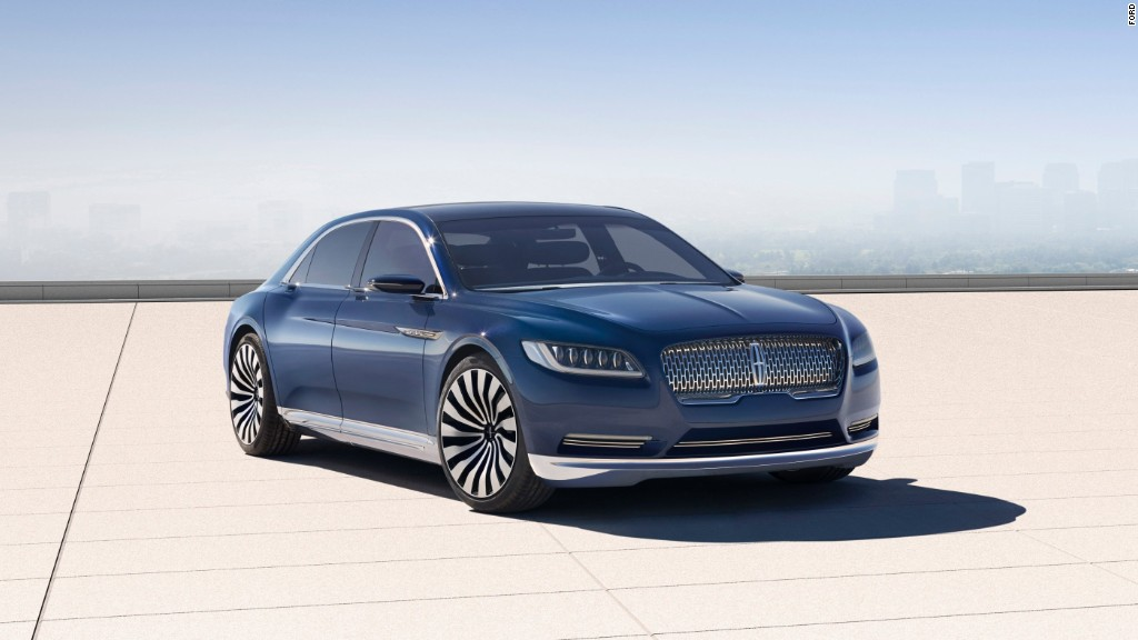 ford 39 s big lincoln continental is coming back. Black Bedroom Furniture Sets. Home Design Ideas
