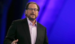 Salesforce CEO promises women will get same pay as men