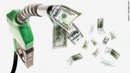 Get this: Americans ARE spending their gas savings