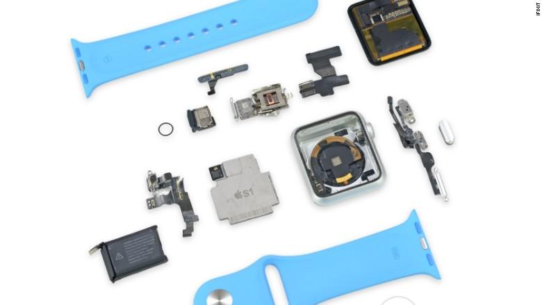 Take a peek inside an Apple Watch