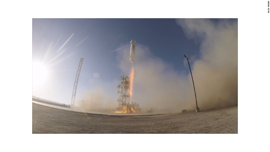 Amazon founder tests reusable rocket