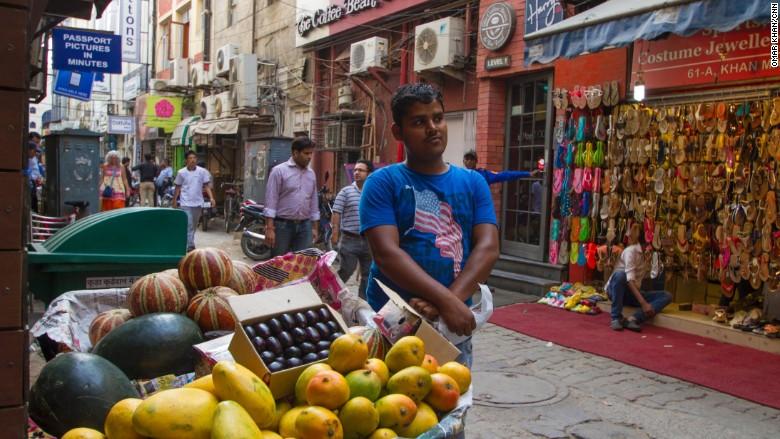 khan market mango