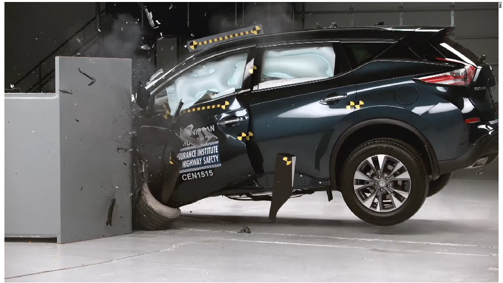 Nissan Murano scores top marks in crash test