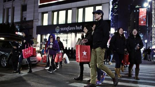 Macy's sales slump as foreign tourists stop spending