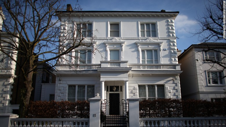 London 39 s luxury real estate gets election boost may 13 for Luxury homes in london