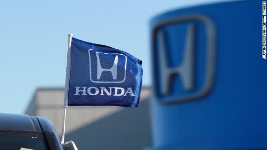 Honda recalls 5 million cars as airbag woes spread