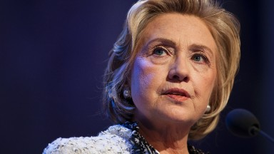 Billionaire: Hillary Clinton 'craps' on hedge funds