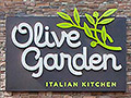 People really love eating at Olive Garden