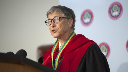 Bill Gates, world's richest college dropout, says stay in school