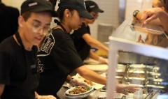 Chipotle offers hourly workers new benefits