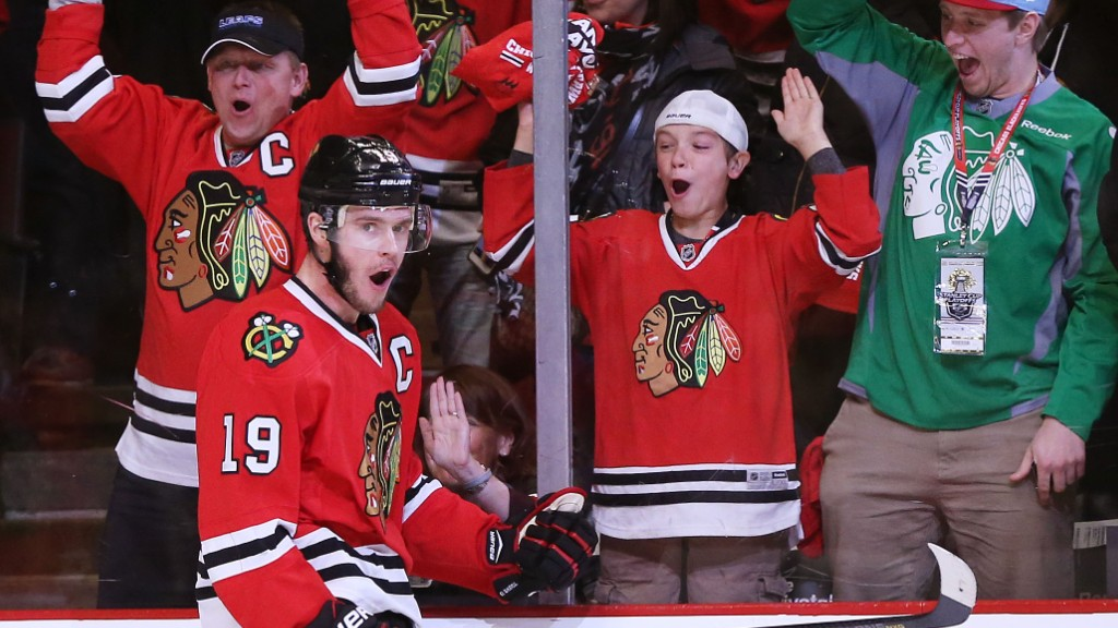 Drop the puck! Chicago hockey fans outspend NBA fans