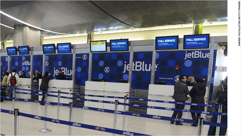 jetBlue passengers airport