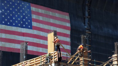 U.S. economy posts best growth in 2 years