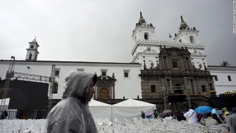 latin america economy ecuador