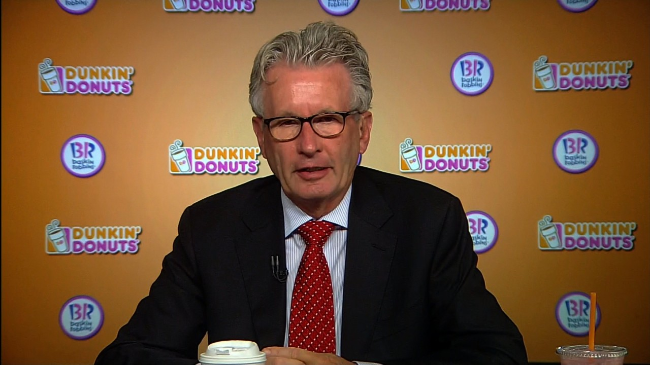 Dunkin' Donuts to close 100 stores