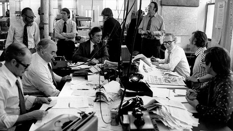 newspaper newsroom