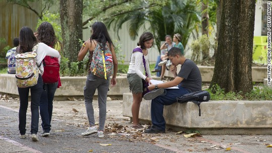 Hedge funds want Puerto Rico to close schools
